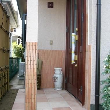 リフォーム後の玄関ドア