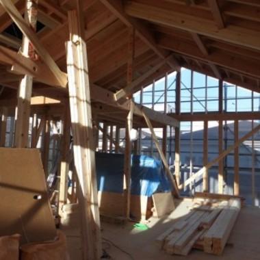 躯体工事中の建物内部