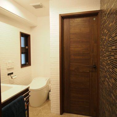 リフォーム後の一体型になったトイレと洗面所