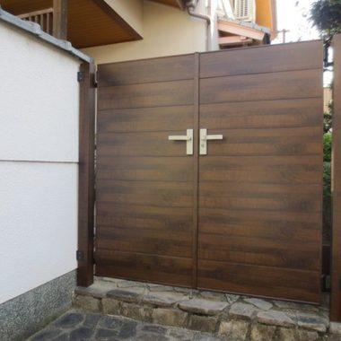 | 取替工事後の玄関門扉