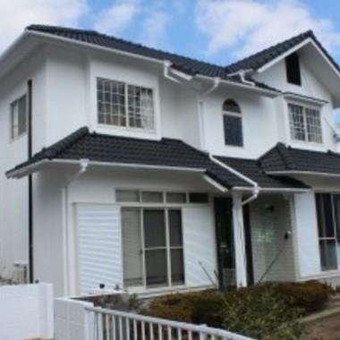 外壁・屋根塗装後の住宅外観
