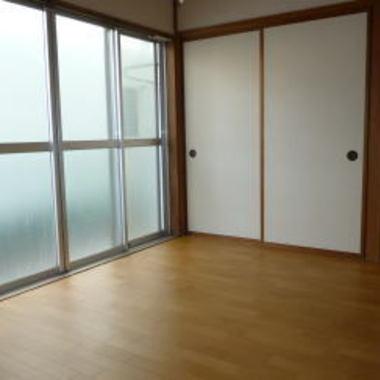 | リフォーム後の洋室