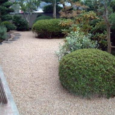 ガーデニング・砂利敷き施工後の庭全体