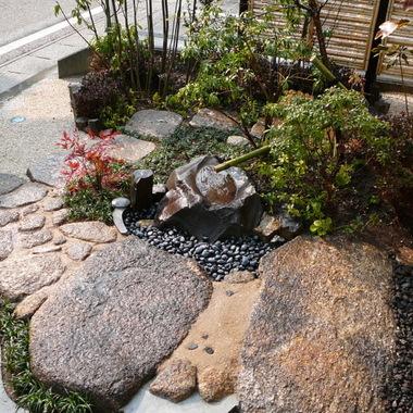 施工後の日本庭園