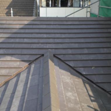 屋根の葺き替え工事後の屋根