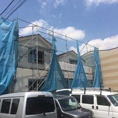 | 新築工事 足場の組まれた住宅外観