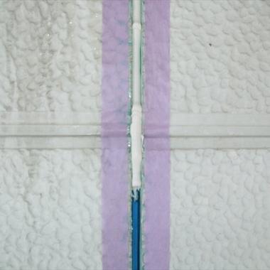 | コーキング施工後の壁