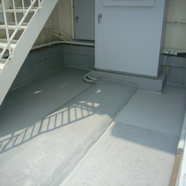 内壁・屋上塗装後 屋上床