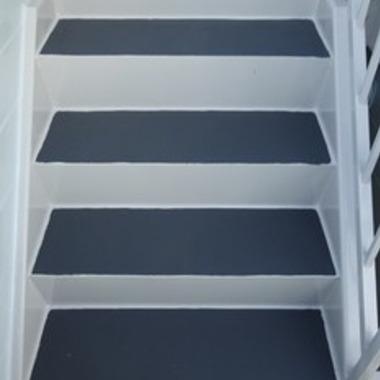 通路床雨漏り工事 後 階段部分