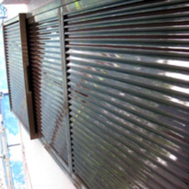 さいたま市南区✕雨戸・戸袋塗装✕信頼出来る工事の施工後写真(0枚目)