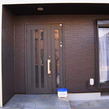 サイディング遮断熱塗装 後 玄関