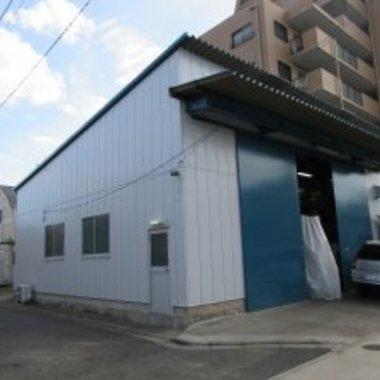 倉庫外壁塗装工事後 入口側