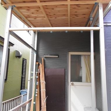 | 風除室の屋根修理後