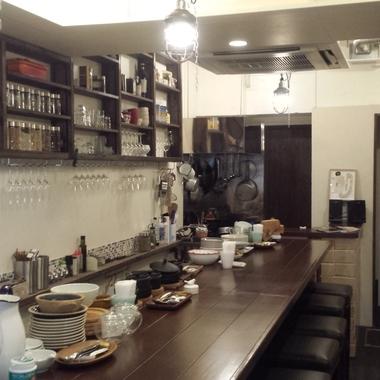 店舗リフォ-ム後 カウンター・キッチン部分