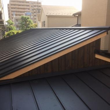 | 屋根取替工事後 屋根
