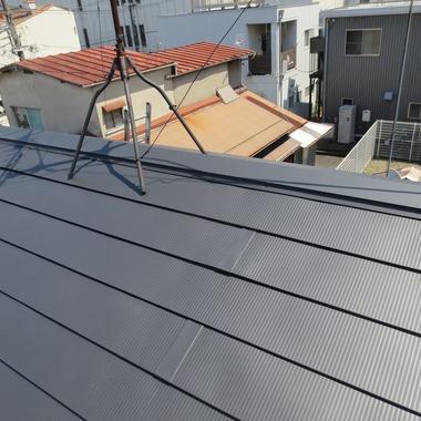屋根重ね葺き工事 後 棟部