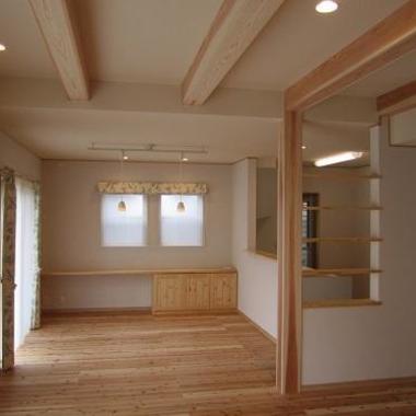 空間が連続する家 内装