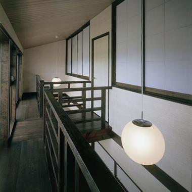 内観 廊下