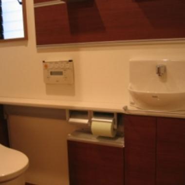 アパート2階部分を居宅へリフォーム後 トイレ
