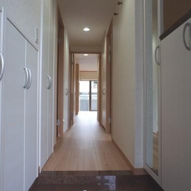 新築工事 廊下