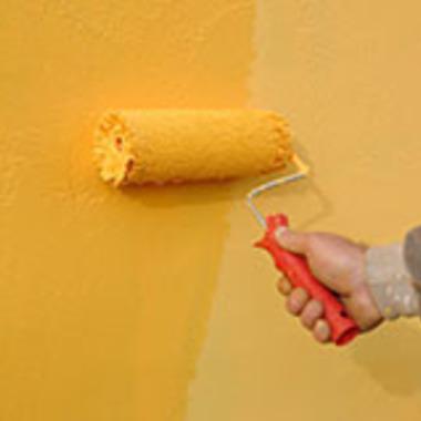 塗装作業中