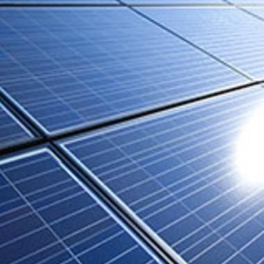 太陽光ソーラーパネル部分アップ