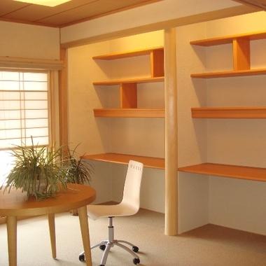 造り付けの2台の机・本棚 施工後