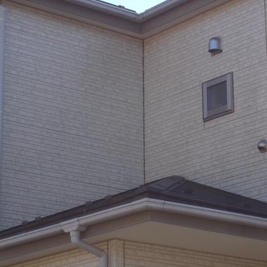 住宅 2階窓あり外壁 洗浄後