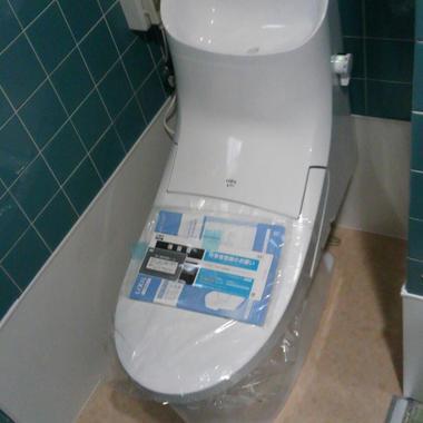 和式トイレ→洋式トイレ交換工事 価格24万円(ウォシュレット付き)の施工後写真(0枚目)