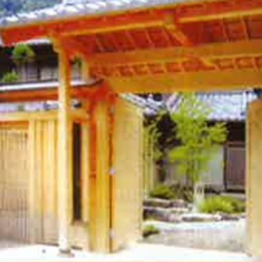 木造門扉をオーダーメイドで設計しますの施工後写真(0枚目)