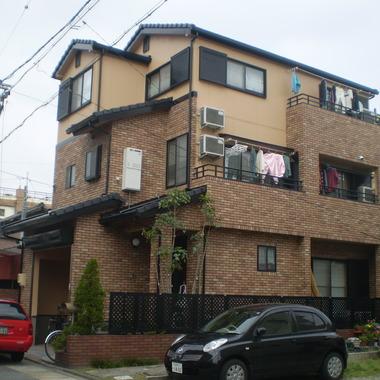 エコタイル利用した住宅外観