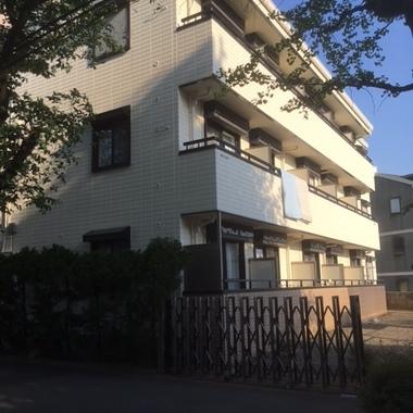 | 塗装後の集合住宅外観