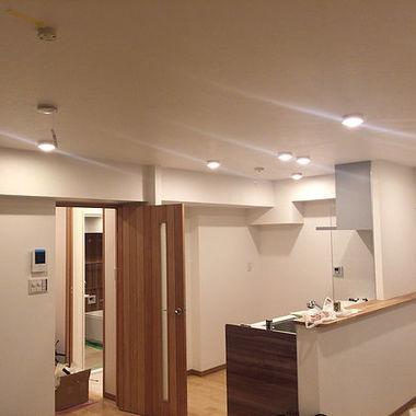 東京都大田区の中古マンションをフルリノベーション。 ナチュラル仕上げのウッドを生かした白中心のの内装仕上げ。の施工後写真(0枚目)