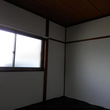 施工後の壁 窓側