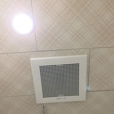 トイレ・洗面室 換気扇の交換工事の施工後写真(0枚目)