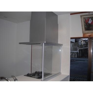 デザイン性と使い勝手と価格のバランスがいいクリナップのキッチンです。の施工後写真(1枚目)