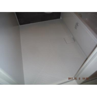 明るく広々 LIXIL リノビオに浴室リフォームの施工後写真(1枚目)