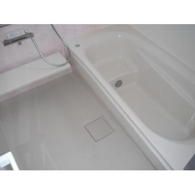 | タイル風呂からに断熱性の高いサザナHSに浴室リフォーム。の施工後写真(0枚目)