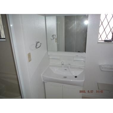 タイル風呂からに断熱性の高いサザナHSに浴室リフォーム。の施工後写真(2枚目)