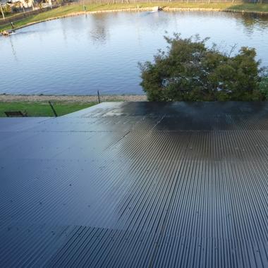 波板トタンの屋根塗装!サビと雨漏りを完全ストップし、新品同様の仕上がりにお客様も大満足!の施工後写真(0枚目)