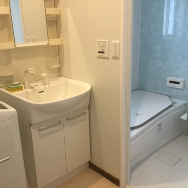 在来浴室からキレイで明るいユニットバスに❢の施工後写真(0枚目)