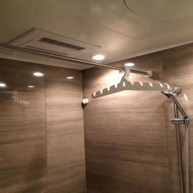 一般換気扇から暖房・乾燥付き換気扇の取付工事の施工後写真(1枚目)