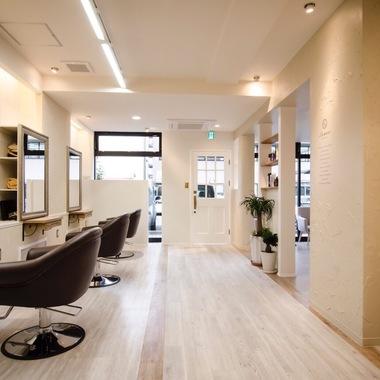 美容室新装工事の施工後写真(1枚目)