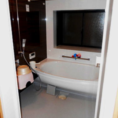 お子様と一緒にお風呂で快適な時間を過ごせるユニットバスの施工後写真(0枚目)