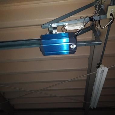 電動オーバードアのトロリー開閉機取替工事の施工後写真(0枚目)