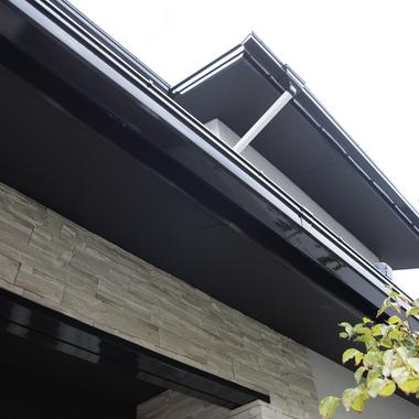 屋根・壁塗装、タイル工事(築年数 / 25年)の施工後写真(1枚目)