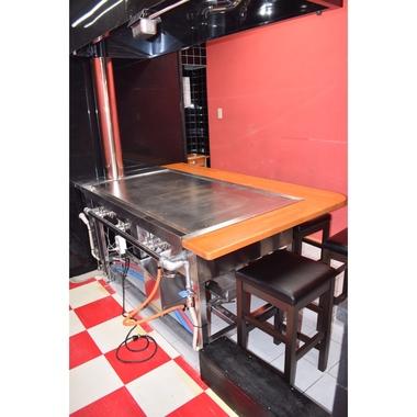 お好み焼き屋さんの店舗改修工事の施工後写真(2枚目)