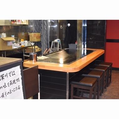 お好み焼き店 店舗改修工事の施工後写真(1枚目)