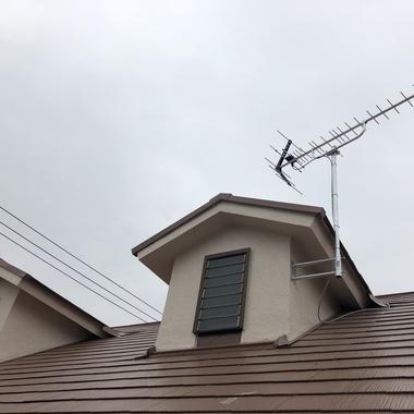 屋根に地デジアンテナ の施工後写真(0枚目)
