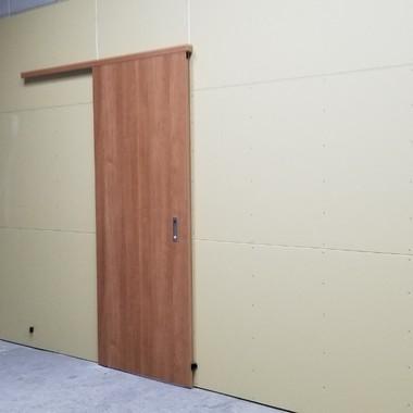 ガレージ内・オフィス部分改修工事の施工後写真(0枚目)